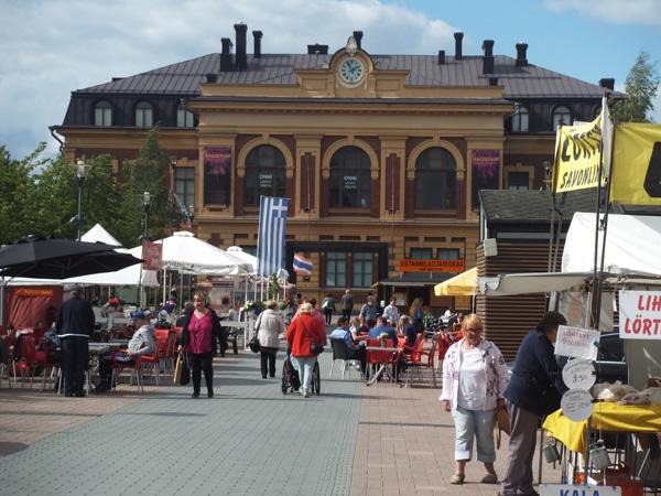 フィンランドヨエンスーマーケット広場