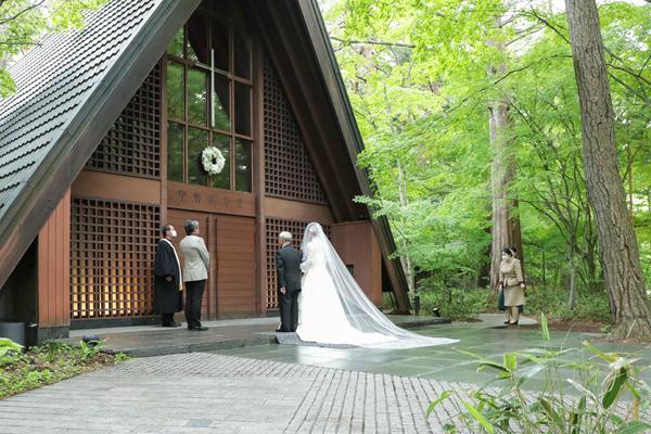 軽井沢高原教会納品ブーケアーティフィシャルフラワーブーケ