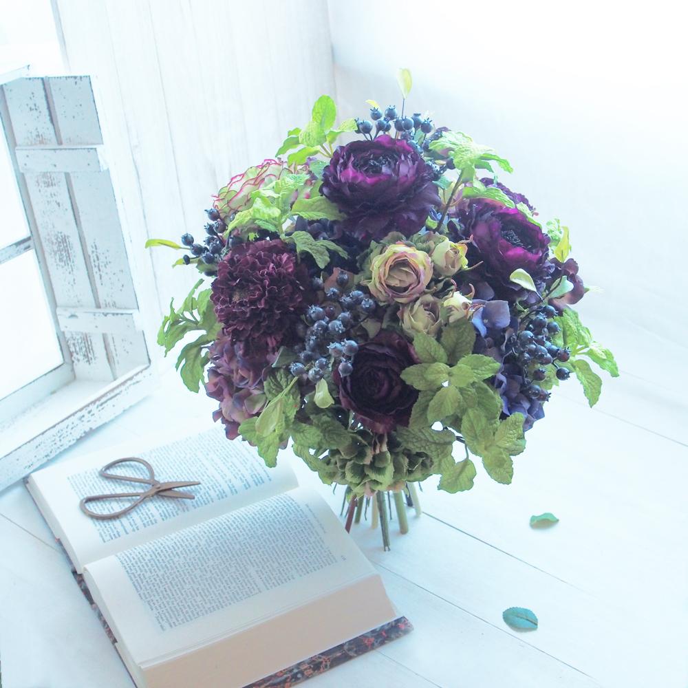 パープル(紫)・ラナンキュラスクラッチブーケ